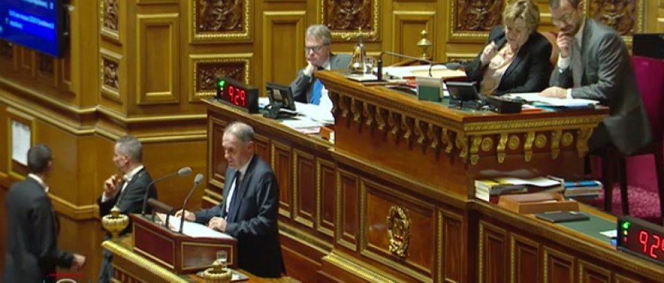 Des organismes indépendants pour les études d'impact des lois : une initiative socialiste votée à l'unanimité.