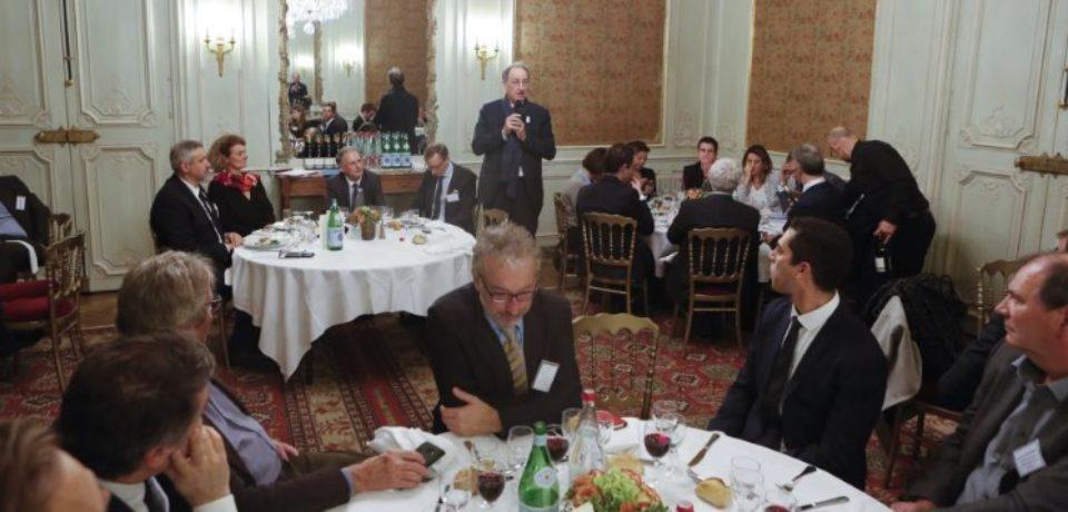 Dîner-débat du Club Sport le 5 décembre 2017, sur le thème : Quelles sont les attentes du mouvement sportif et de ses partenaires dans la préparation des JO 2024, en présence – notamment – de Denis MASSEGLIA, président du Comité National olympique et sportif français.