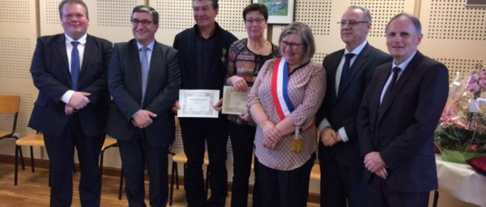 Samedi 13 janvier 2018. Remise de la médaille au titre de Chevaliers dans l'Ordre du Mérite Agricole à Madame Agnès Courtitarat et M. Pascal Courtitarat, à St Dizier la Tour.