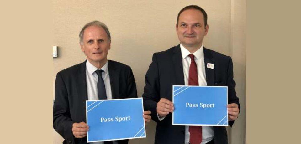 COMMUNIQUÉ DE PRESSE  Paris, le 13 juin 2019 – Création d'un Pass Sport d'un montant de 500€ ouvert aux jeunes de 14 à 20 ans.