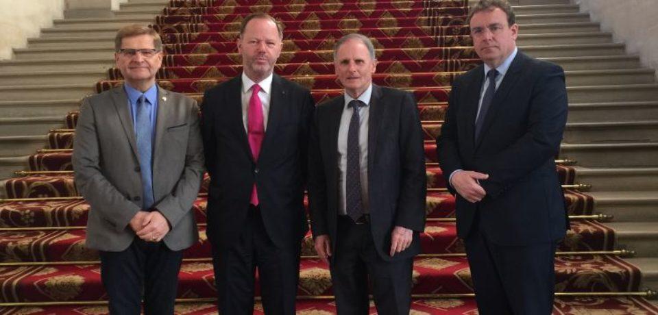 Mercredi 18 avril 2018. Accueil par le groupe interparlementaire d'amitié France – Pays-Bas de S.E. Monsieur Pieter de GOOIJER, ambassadeur du Royaume des Pays-Bas en France.