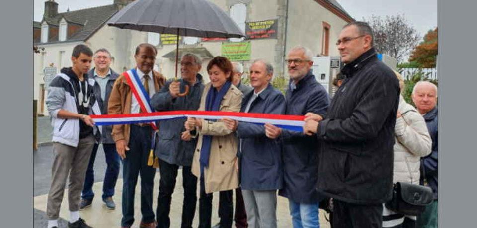 5 octobre 2019. Inauguration de la Quincaillerie et de la station-essence de Châtelus-Malvaleix.